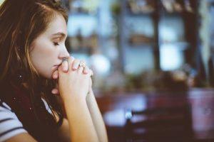 Μη λεκτική επαφή εκφράσεις προσώπου,επαφή με βλέμμα. Άρθρο καρδιολόγου Νικόλαου Παναγιωτόπουλου.