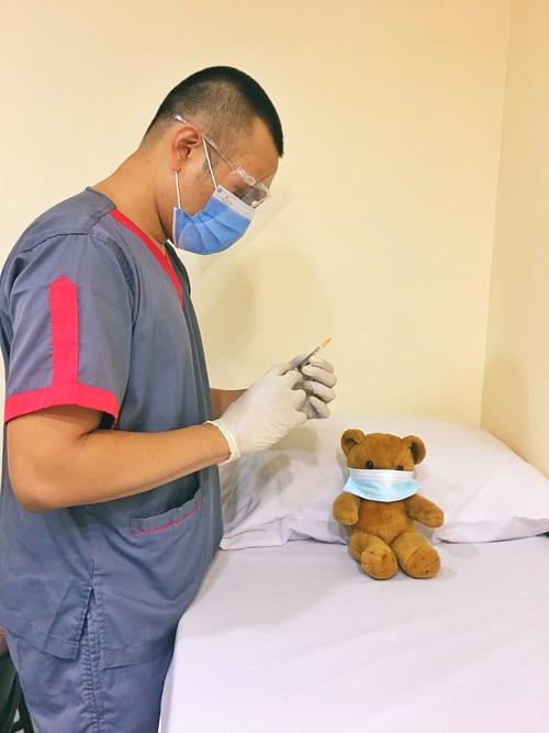 Εμβόλιο κατά κορονοϊού και μάσκες